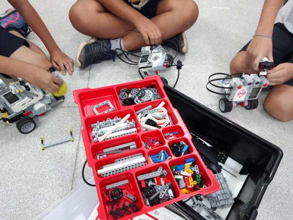 Craques da Robótica Escola Yadaa (SP)
