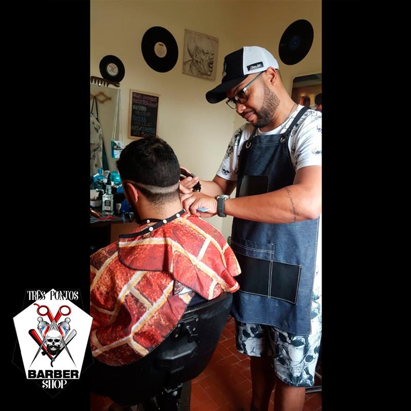 Três Pontos Barber Shop - Barba, cabelo e bigode de forma clássica